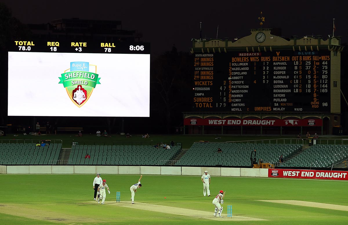 Sheffield Shield - Redbacks v Blues: Day 1